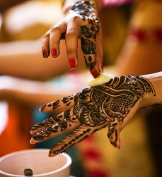 Pretty mehndi designs 15